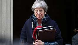 Theresa May, Brexit sürecinde ipleri eline aldı