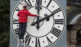 AB yaz-kış saatinin kaldırılmasını önerecek