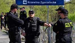 Polonyalı polisler, aşırı çalışmaktan ötürü hastalık raporu alıyor