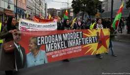 Erdoğan'ın ziyareti öncesi Almanya'da protestolar başladı