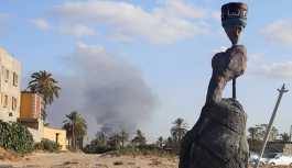 Libya'da 400 mahkum hapishaneden kaçtı