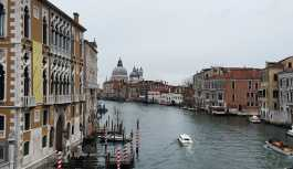Venedik'te akşam 19.00'dan sonra alkol şişesi taşımak yasaklanabilir