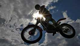 İlk kadın dünya motosiklet şampiyonu