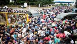 Pompeo: Göçmenler sınırlarımızdan giremeyecek