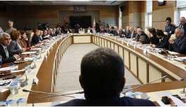 AKP'den güvenlik soruşturmasına takılanlar için değişiklik önergesi