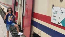 Çorlu'daki tren kazasında oğlunu kaybeden anneyi dönemin Ulaştırma Bakanı da engelledi