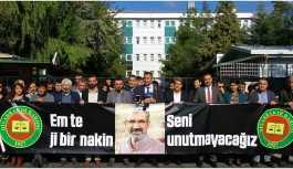 Diyarbakır Valiliği'nden baroya 'kürsü' uyarısı