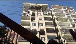 Fatih'te 2 bina çökme riskiyle boşaltıldı