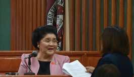 Filipinler'de eski diktatörün eşi kefaletle serbest kaldı
