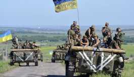 Lugansk: Ukrayna askerleri temas hattına ilerliyor