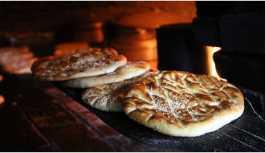 Zengin ve fakirin vazgeçilmez lezzeti: Van Çöreği