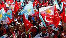 İYİ Parti 5'i büyükşehir 15 ilde daha adayını belirledi