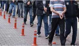 İzmir'de 11 kişi gözaltına alındı