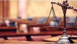 Prof. Gözler: Hukuk, siyasetin longa manus'u hâline geldi