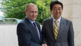 Abe: Kuril Adaları'nın bir kısmının Japonya'ya olası devri, Rusların tam mutabakatıyla gerçekleşmeli