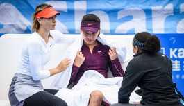 Çeyrek finale kalan Şarapova, sportmenliğiyle takdir topladı