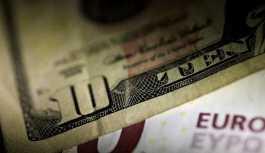 Dolar ve euro'da düşüş sürüyor