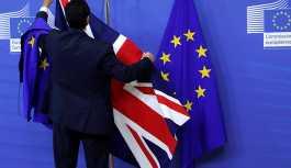 İngiltere'de Brexit tartışmaları sürüyor: Silah İngiliz ekonomisinin alnında, ikinci referandum en iyi seçenek