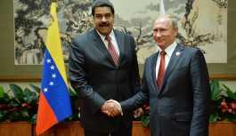 Putin, Maduro ile telefonda görüştü: Meşru hükümete destek verdi