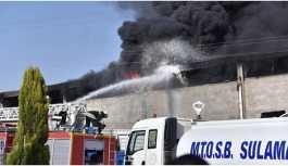 Tarsus'ta çakmak fabrikasında yangın çıktı