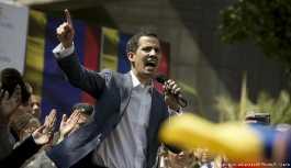 Venezuela'da muhalefet lideri kendisini geçici devlet başkanı ilan etti