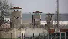 16 tutuklu Antep H Tipi Cezaevi'ne sevk edildi