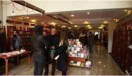 Lilav Kitap Evi yeni yerinde kitapseverleri bekliyor