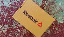 Reebok Rusya'nın 'Erkeklerin suratına otur' çağrılı kampanyası infial yarattı