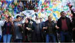 'Halkımız kayyum tehditlerine pabuç bırakmaz'