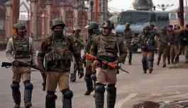 Hindistan ve Pakistan birbirini Keşmir'de sivilleri öldürmekle suçladı