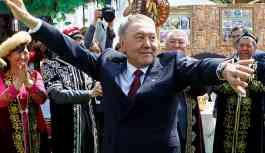 Kazakistan halkı sürpriz istifanın etkisinde: 'Nazarbayev dede gitti'