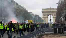 Macron, Şanzelize'yi tüm eylemlere kapatmaya hazırlanıyor
