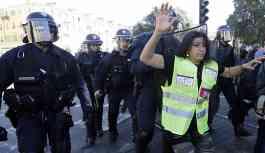 Sarı Yelekler, gösterilerin 19. haftasında: Çok sayıda göstericiye gözaltı