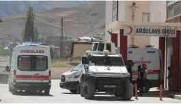Askeri üs yolunda patlama: Bir kişi yaşamını yitirdi