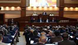 İBB'de 40 milyarlık koltuklardan kalkmayanlar