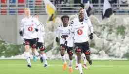 Norveçli futbolcular galibiyeti yine Kürtçe şarkı ile kutladı