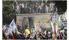 Diyarbakır'daki patlamaya ilişkin Mahkemeden flaş Davutoğlu kararı!