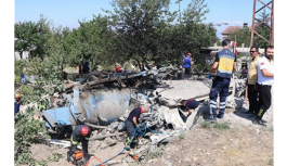 Freni patlayan kamyon eve girdi: Ölü ve çok sayıda yaralı var