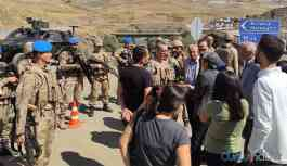 HDP'li Vekil'in köye girişine izin verilmedi