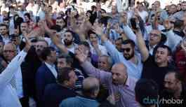 Karamollaoğlu'na provokasyon girişimi