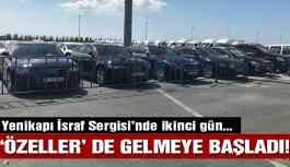Yenikapı'daki 'israf sergisi'nde ikinci gün: Lüks araçlar da gelmeye başladı