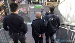 Genç kadını taciz eden kişi gözaltına alındı