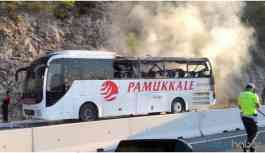 Seyir halindeki yolcu otobüsünü alevler sardı