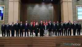 AKP'li vekiller şikayetçi: Sorunları bildiriyoruz olmuyor, madem öyle vatandaş...
