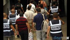 FETÖ şüphelisini bırakmak için rüşvet talep eden polisler gözaltına alındı