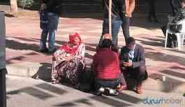 HDP binası önünde oturan aileler arasında yine kavga çıktı