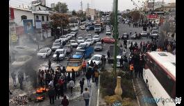İran'da olaylar durulmuyor: 106 ölü
