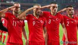 UEFA, Kuzey Suriye harekatına 'asker selamı'nı cezasız bırakmadı