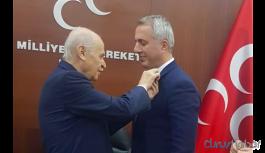 BBP'li belediye başkanı MHP'ye geçti