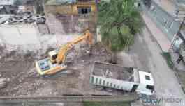 Belediye başkanı kreş için kendi evini yıktırdı, arsayı belediyeye tahsis etti